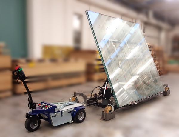 Carrello personalizzato per la movimentazione di lastre di vetro