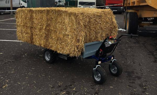 Zallys HS4 L electric transporter trolley for transporting hay on farms