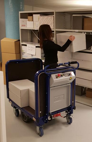 Zallys M15 electric drive cart for transporting boxes to offices