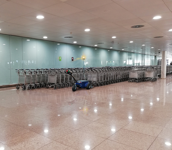Zallys M9 electric cart pusher with remote control to push rows of trolleys in airports